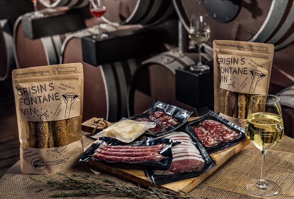 Fontana vin Vodole – dogodki. Ponudba mesnin in buteljčnih vin.